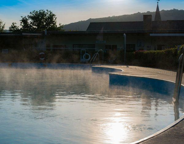 Schwimmbad Zwergen 1